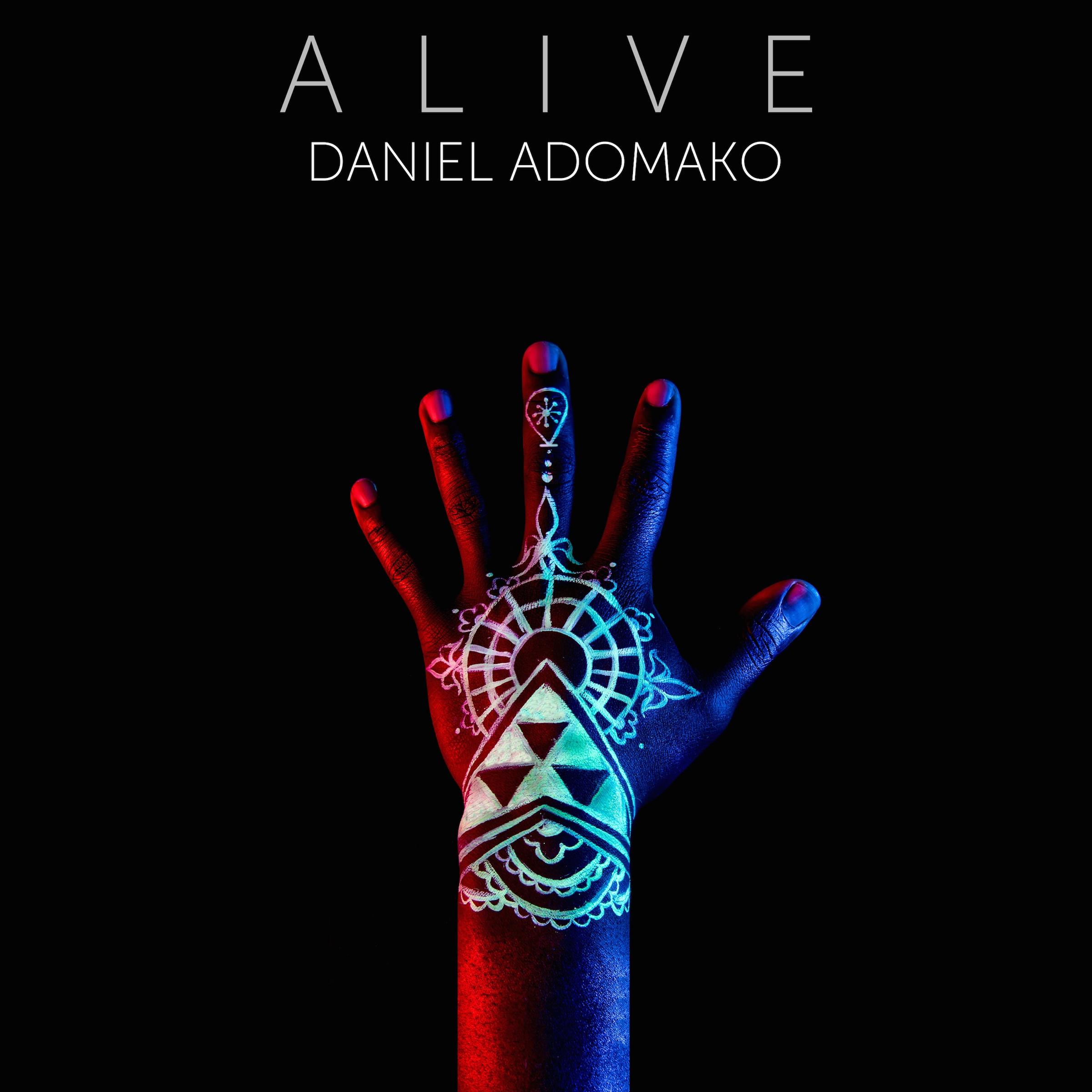 Daniel Adomako - Alive (Santi Vasques Remix)